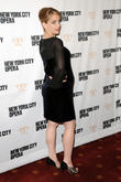 Anna Chlumsky Not Planning Much Maternity Leave