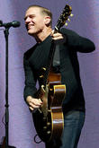 Bryan Adams Raises £10,000 For Cancer-stricken Fan At Concert