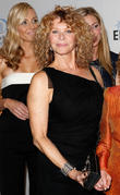 Jaime Tisch, Kate Capshaw and Guest