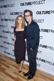 """Kevin Bacon Warns His Wife Kyra Sedgwick: """"Kale Isn't Always Healthy"""""""