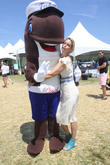 Ali Wentworth and Fudgie The Whale