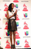 Natalie Cole's Spanish-language Gamble Pays Off At Latin Grammy Awards Nominations