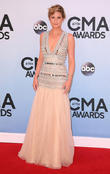 Jennifer Nettles Thrilled With Son's First Steps
