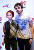 Hayley Williams Fuming Over Paramore/fall Out Boy Tour Leak