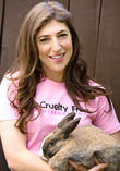 Mayim Bialik Calls For Animal Testing Ban In America