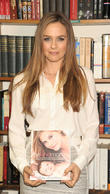 Alicia Silverstone Calls For End To Animal Testing For Cosmetics
