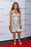 Deborah Cox To Provide Whitney Houston's Singing Voice In Biopic