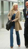 Kirsten Dunst Turns To Hypnotist To Quit Smoking