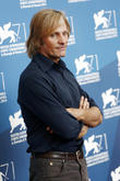 Viggo Mortensen Adds French And Arabic To His Resume For Far From Men