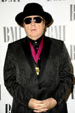Van Morrison's Postpones Shows As Mum Dies