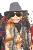 Steven Tyler Signs To Legendary Label Dot Records For Country Debut