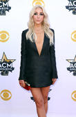 Ashley Monroe Postpones U.s. Tour Dates