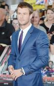 Chris Hemsworth Joins Ghostbusters Reboot