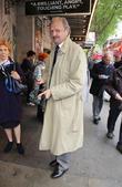 Actor Leon Sinden Dies