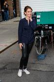 Tina Fey Locks Lips With Amy Schumer At Peabody Awards