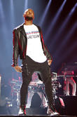 Usher To Perform At White House Gala