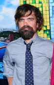 """'Game Of Thrones' Star Peter Dinklage Replace In 'Destiny' Video Game Due To """"Boring"""" Voiceover"""