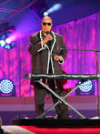 Stevie Wonder Performs Pop-up Shows Across America's East Coast