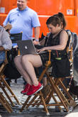 Lena Dunham Reveals A Love / Hate Relationship With The Internet