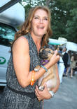 Brooke Shields Injures Foot In Mystery Accident