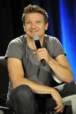 "Jeremy Renner Says It's ""Not His Job"" To Help Female Actors Get Better Pay Deals"