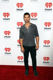 Taylor Lautner Performs With Bar Band