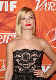 Beth Behrs To Make New York Stage Debut