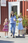 Jennifer Garner Hosts Fundraiser For Batten Disease Campaign