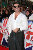 Simon Cowell Returns To 'American Idol' And Apologises For Being So 'Mean'