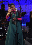 Lauryn Hill Blames Bad Weather For Late Arrival At Pennsylvania Show