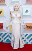 Dolly Parton Offering Up Vow Renewal Photos To Benefit Charity