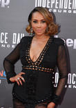 Vivica A. Fox Disappointed With 'Gentleman' Donald Trump's Political Campaigning