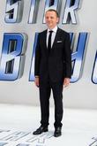 Simon Pegg Dreams Of Star Wars Writing Role Despite Fan Pressure