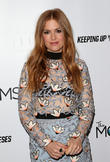Isla Fisher Used Amy Adams' Photo For Family Holiday Card